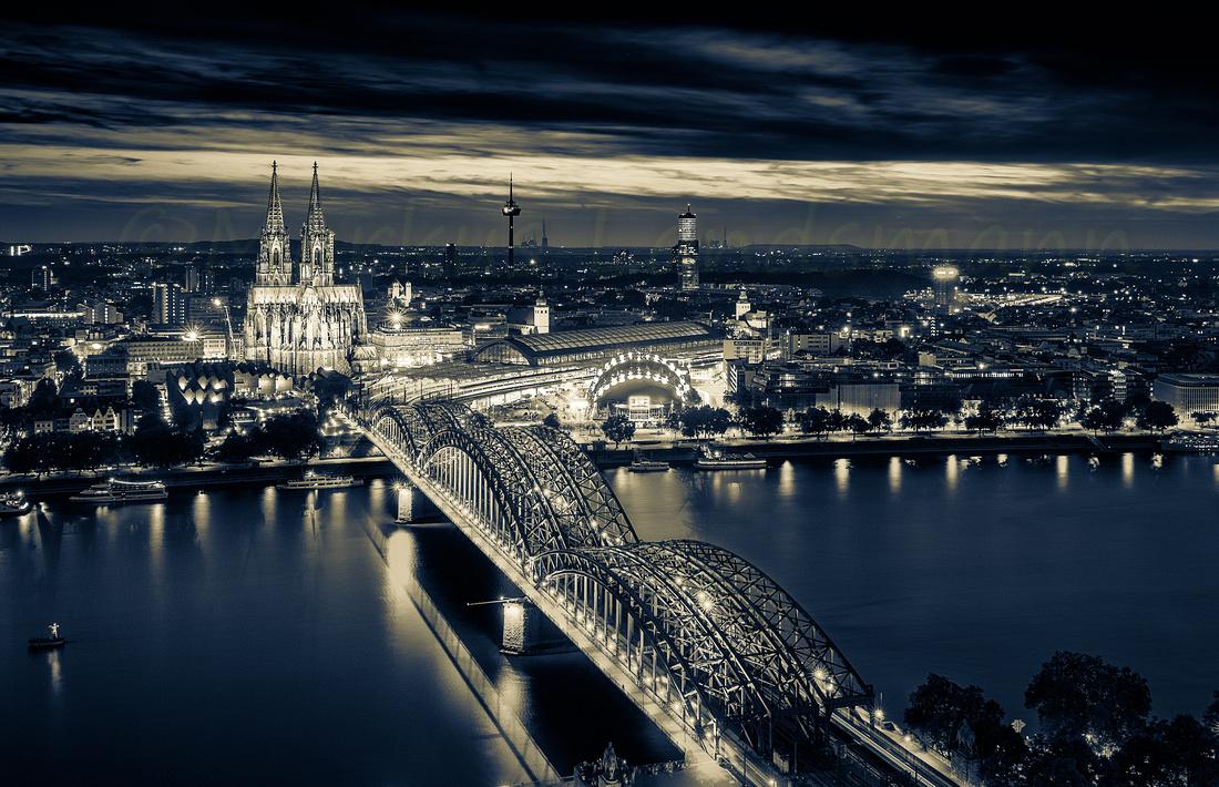 Sunset and Cathedral light over Cologne ©MarkusLandsmann